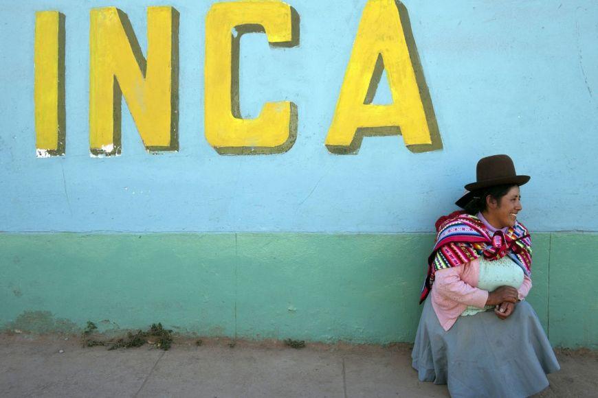 Peruvian woman, Cuzco, Peru