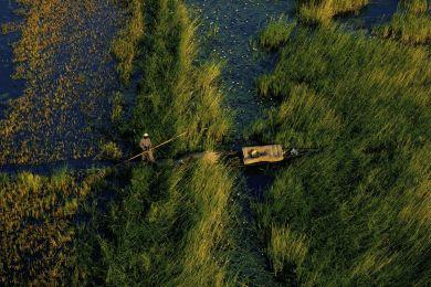 Pirogue sur le fleuve Niger, Mali