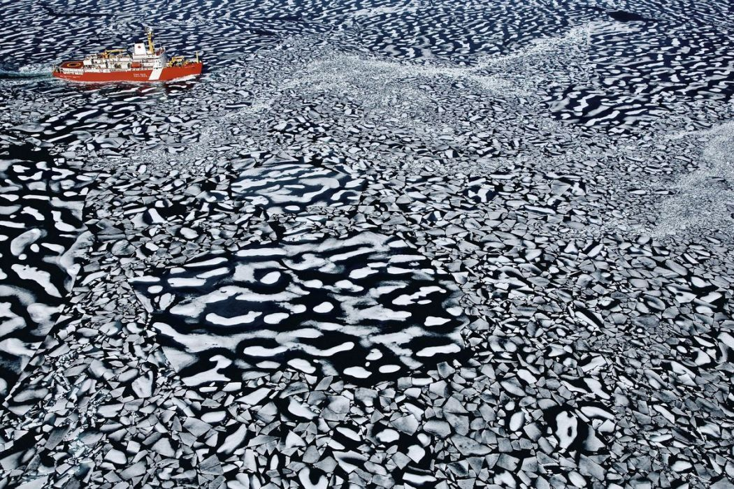 Louis Saint Laurent icebreaker, Canada