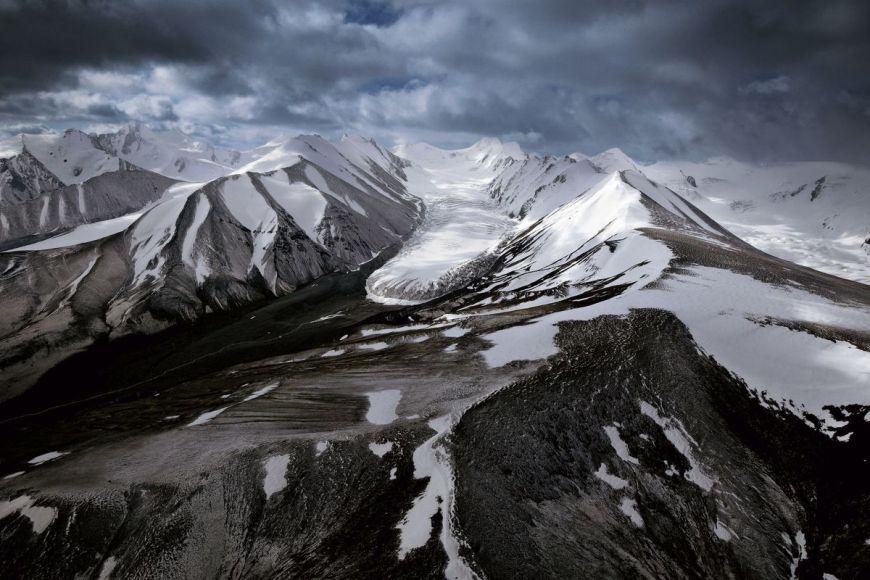Glacier près du mont It-Tish, Kirghizstan